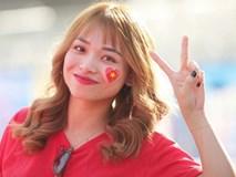 Dàn fangirl xinh đẹp tiếp lửa cho đội tuyển Việt Nam trước trận gặp Iraq