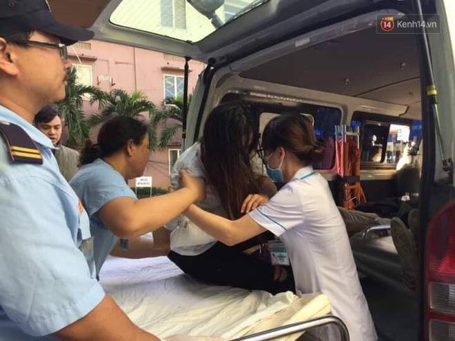 Người cứu 10 nạn nhân vụ xe khách lao xuống đèo Hải Vân: Nhiều em mắc kẹt trong xe gào khóc, kêu cứu thất thanh-9