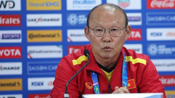 HLV Park: Tôi thấy Văn Lâm không có vị trí tốt-1
