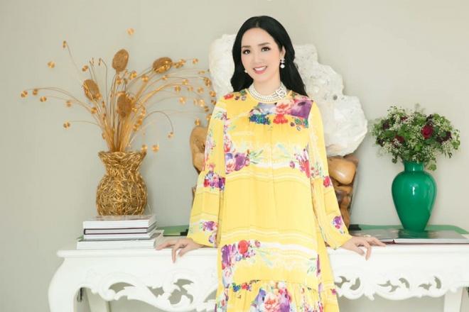 Hoa hậu Đền Hùng Giáng My diện đầm vàng khoe sắc xuân rạng rỡ-1