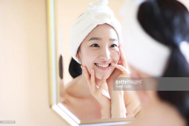 Hầu hết phụ nữ Việt đang rửa mặt sai cách?-3