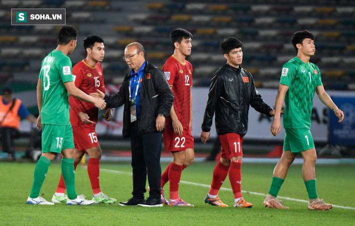 Đừng khóc cho HLV Park Hang Seo, mà hãy vui vì dấu ấn Việt Nam!-2