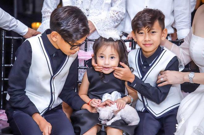 3 người con ruột của Hoa hậu Hà Kiều Anh và chồng đại gia có cuộc sống như thế nào?-7