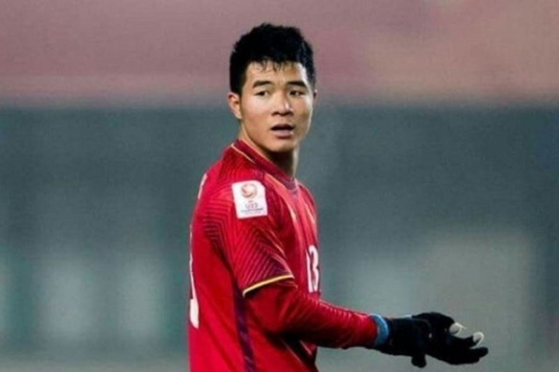 Chinh đen vẫn cứ đen, không làm gì vẫn bị anti-fan chỉ trích, đổ lỗi khiến Việt Nam thua Iraq-1