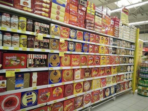 Thị trường bánh kẹo Tết 2019: Hàng giả, hàng nhái tràn lan-1