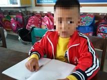 Cô giáo tát học sinh chảy máu tai bị đình chỉ 15 ngày