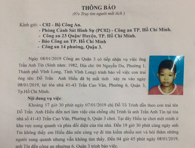 Để con trai 8 tuổi chơi một mình ở trung tâm Sài Gòn rồi mất tích, người mẹ khóc ngất đi tìm con-1