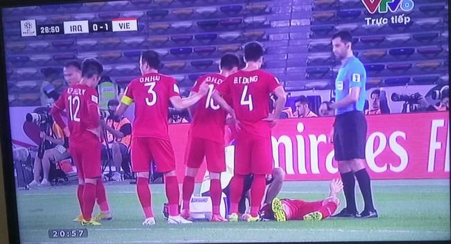 Thua trận mở màn Asian Cup, đội tuyển Việt Nam bị chỉ trích nặng nề, tâm điểm là Đức Chinh, Lâm Tây-2