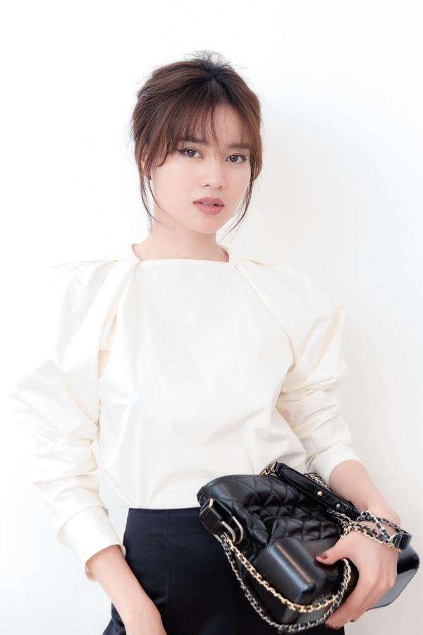 Cuộc sống giàu có của Ninh Dương Lan Ngọc: Đi xe tiền tỷ, sở hữu 2 căn hộ-6