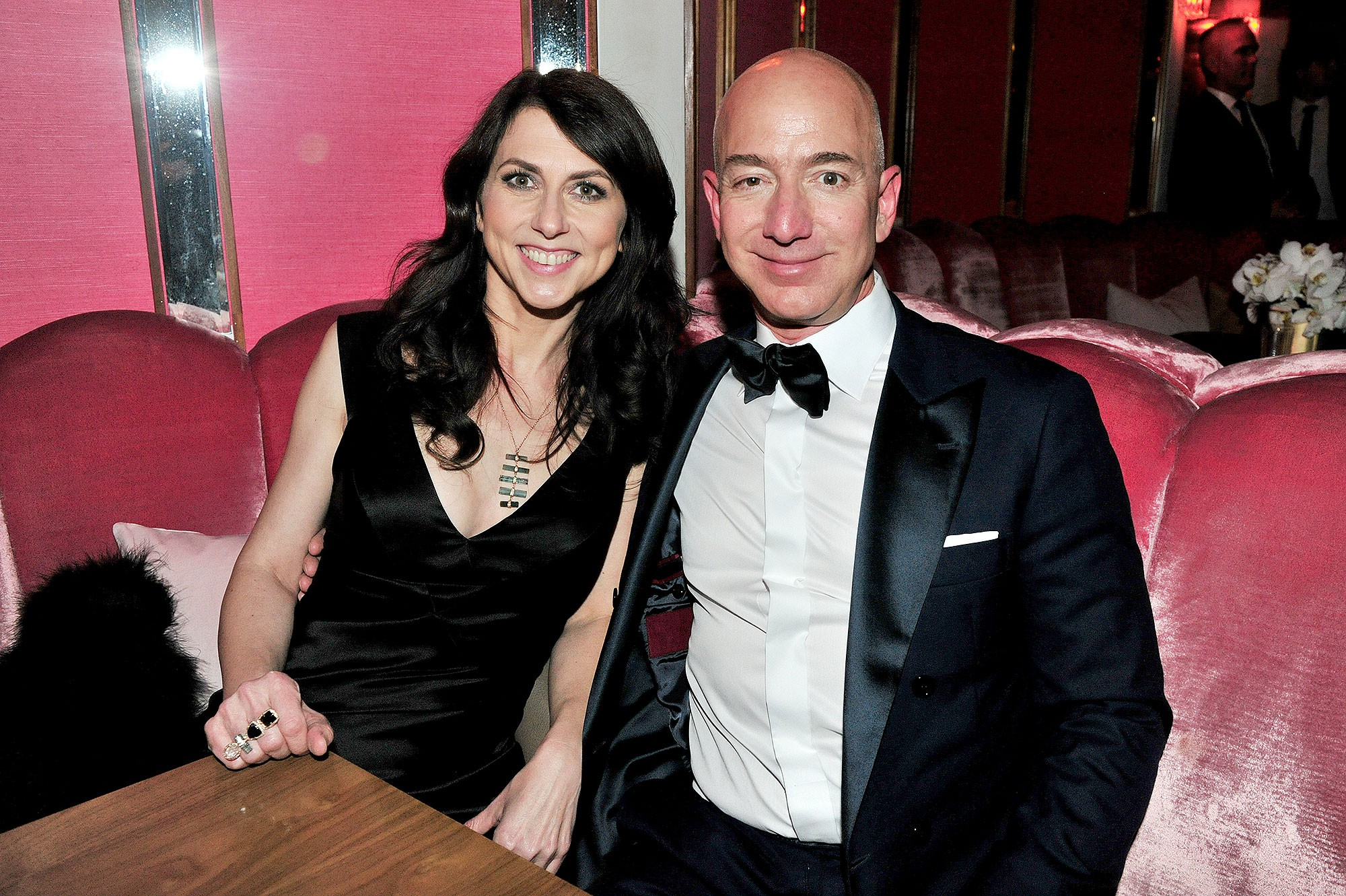 Lương duyên 25 năm của ông chủ Amazon và vợ: Chưa kịp yêu đã cưới từ thuở cơ hàn, tan vỡ trên đỉnh cao giàu sang phú quý-2