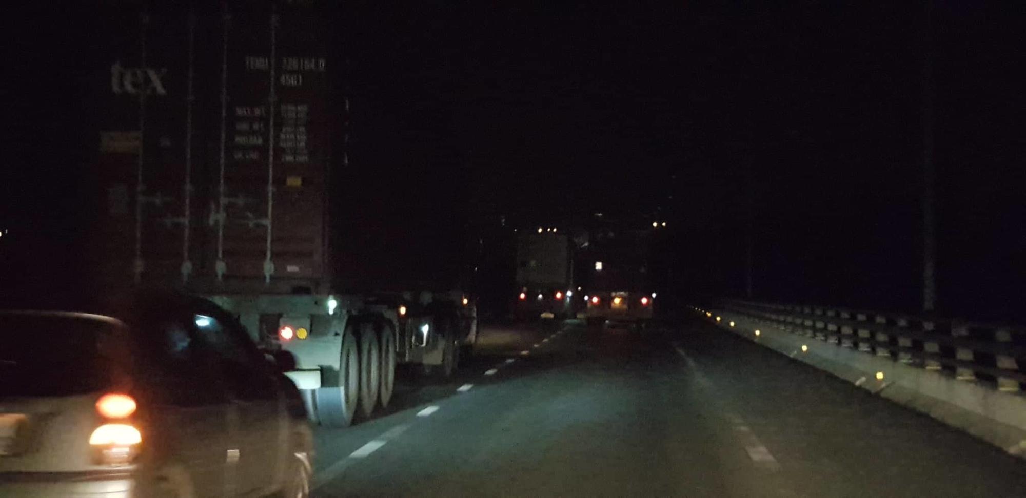 Lời đồn ma túy giúp tỉnh như sáo 2 ngày 2 đêm: Lái xe container tàn đời-1