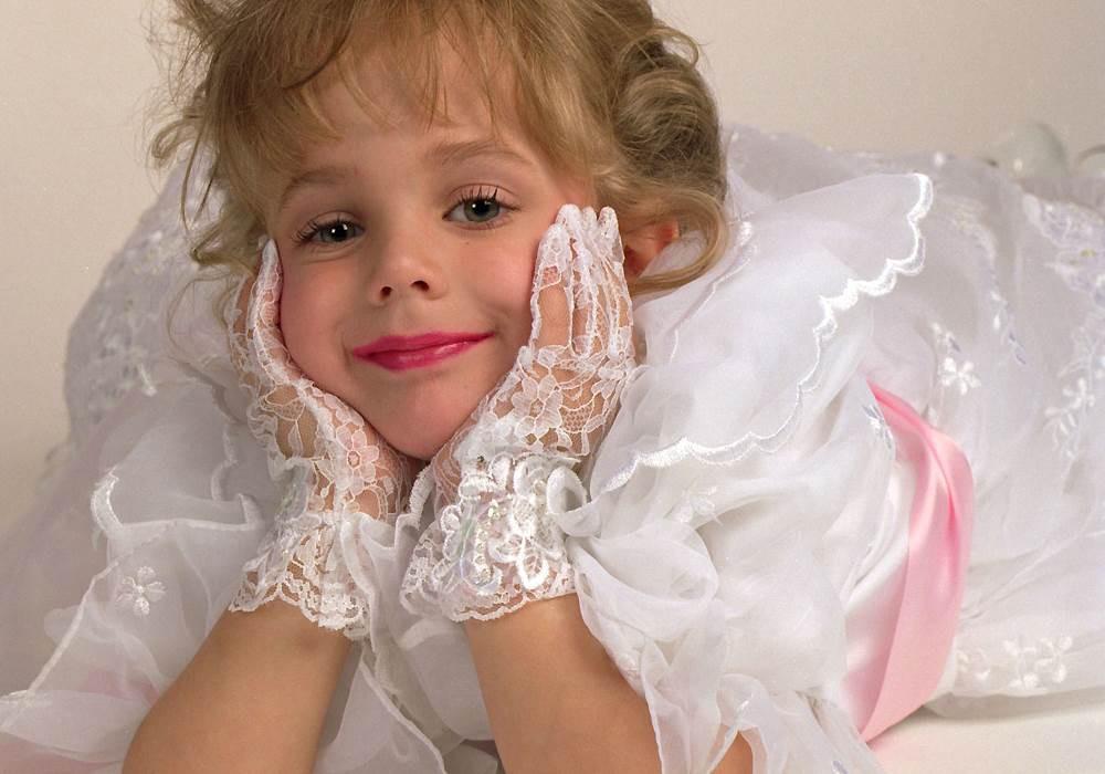 Bi kịch của hoa hậu nhí đình đám một thời và nụ cười ngọt ngào của em vẫn ám ảnh cả thế giới dù đã hơn 20 năm trôi qua-4