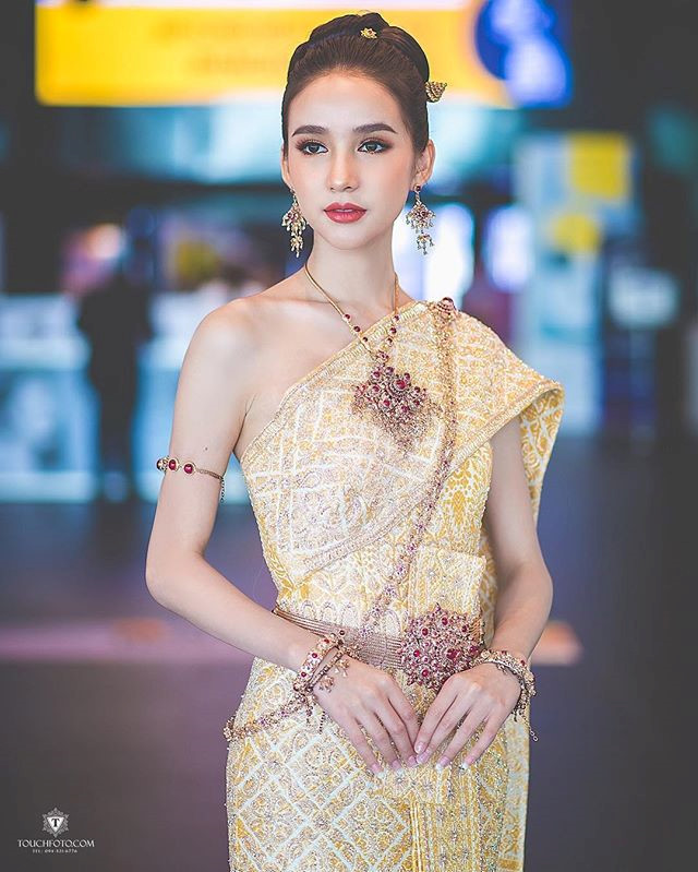 Nhan sắc xinh đẹp của nữ hoàng chuyển giới Thái Lan sau gần 2 năm-5