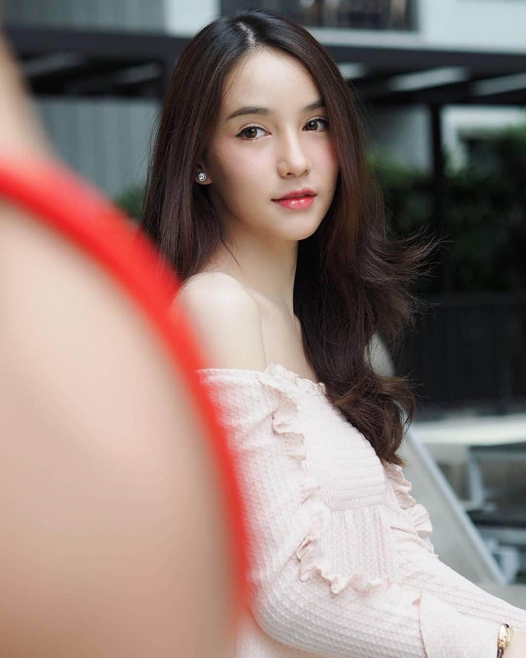 Nhan sắc xinh đẹp của nữ hoàng chuyển giới Thái Lan sau gần 2 năm-14