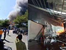 Bình Dương: Xưởng gỗ rộng ngàn mét bị thiêu rụi, công nhân hò nhau bỏ chạy