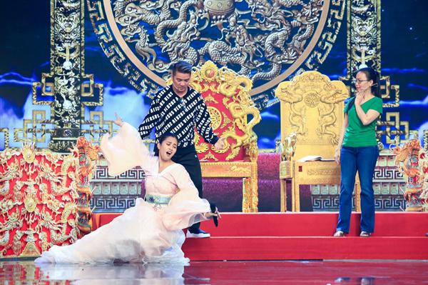 Hoa hậu Tiểu Vy ngã sõng soài khi đóng Táo cùng Mr Đàm-5