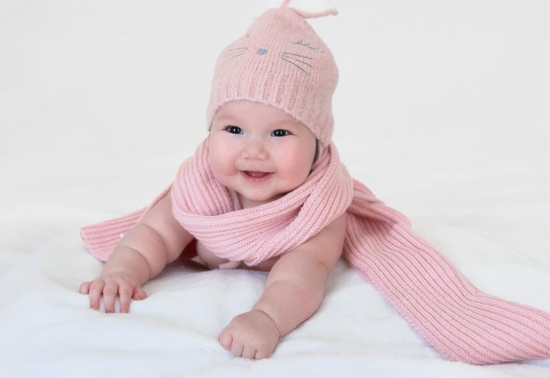 Chân dung cô nhóc mới 6 tháng đã nặng bằng bé 1 tuổi của siêu mẫu Hà Anh-11