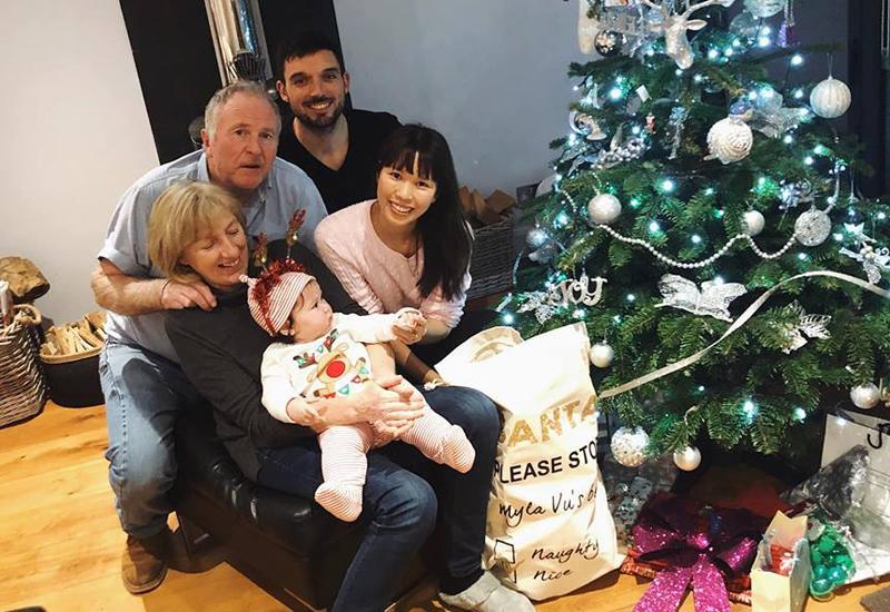 Chân dung cô nhóc mới 6 tháng đã nặng bằng bé 1 tuổi của siêu mẫu Hà Anh-15