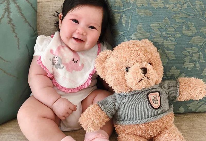 Chân dung cô nhóc mới 6 tháng đã nặng bằng bé 1 tuổi của siêu mẫu Hà Anh-9