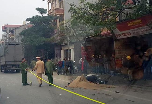 Bị xe tải cùng chiều tông trúng, người phụ nữ chết thảm-1