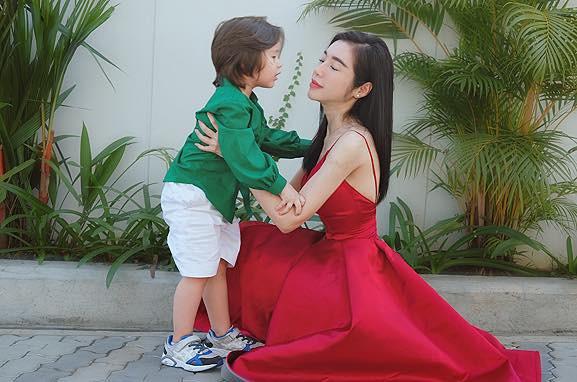Chồng Tây vừa bị lộ danh tính, Elly Trần lại tiết lộ câu chuyện gia đình đầy bất ngờ-11