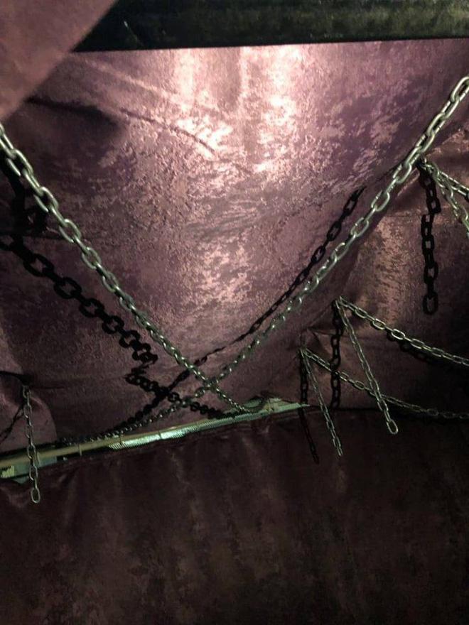 Động spa bị đột kích ở Sài Gòn dùng lồng sắt, dây xích để tạo cảm giác mạnh-3