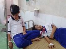 Hàng chục học sinh tiểu học bị ngộ độc nghi do nước súc miệng Fluor