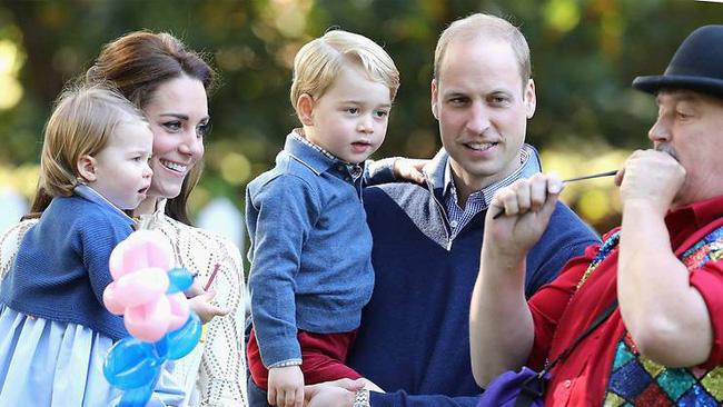 4 bài học nuôi dạy con rất đáng học hỏi từ gia đình Hoàng gia Anh mà cha mẹ hoàn toàn có thể áp dụng-1