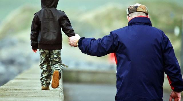 7 điều cha đúc kết cả đời để dạy con: Câu thứ 6 vận vào ai cũng đúng, muốn nên người thì đừng bao giờ quên-2