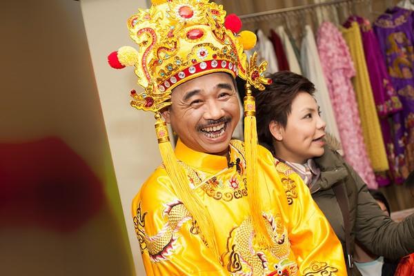 Dấy nghi vấn Ngọc Hoàng Quốc Khánh sắp lấy vợ ở tuổi 57-4