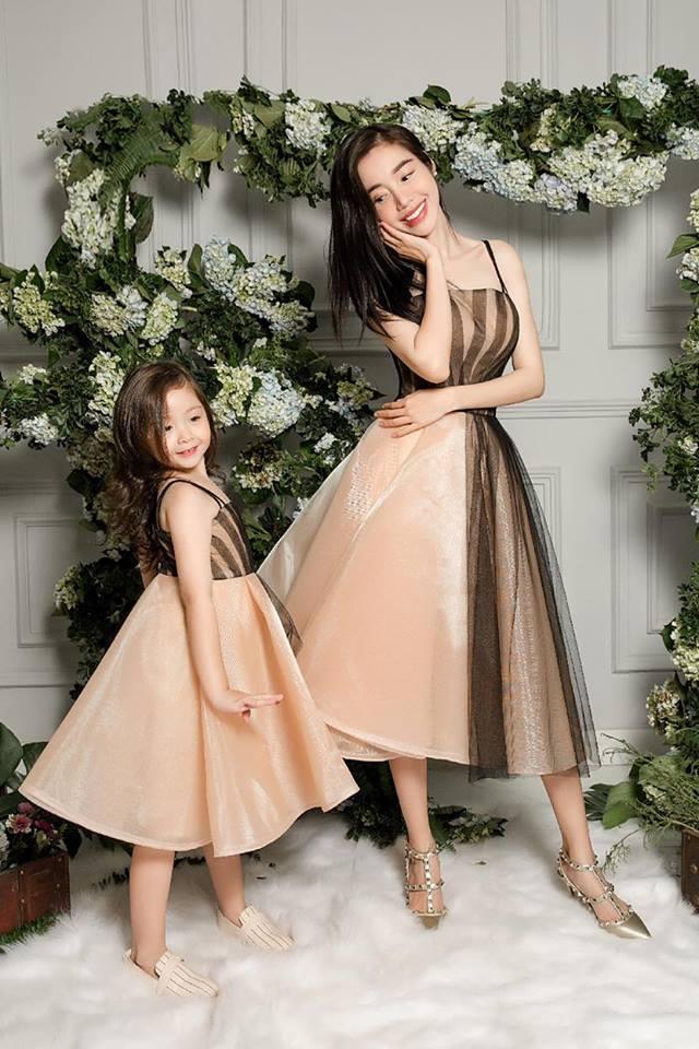 Cadie diễn xuất cực tự nhiên bên mẹ Elly Trần trong loạt ảnh thời trang-1