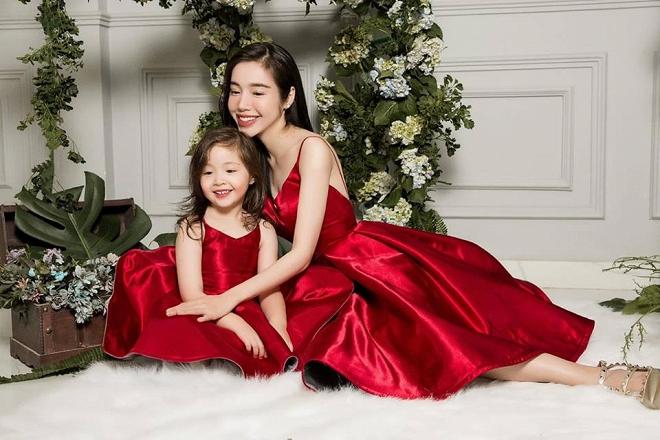 Cadie diễn xuất cực tự nhiên bên mẹ Elly Trần trong loạt ảnh thời trang-5