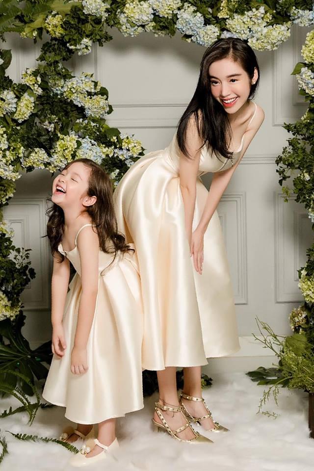 Cadie diễn xuất cực tự nhiên bên mẹ Elly Trần trong loạt ảnh thời trang-6