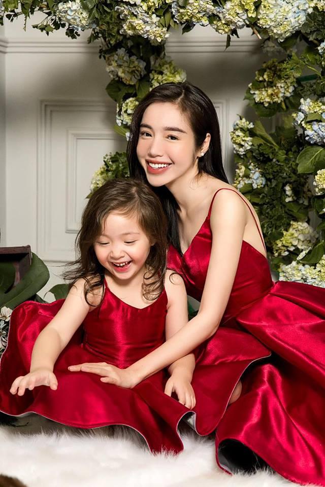 Cadie diễn xuất cực tự nhiên bên mẹ Elly Trần trong loạt ảnh thời trang-12