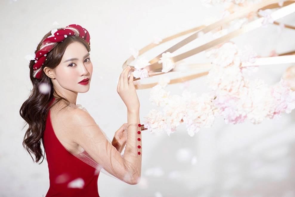 Ninh Dương Lan Ngọc khiến người hâm mộ mãn nhãn với nét đẹp thần tiên đón Tết-7