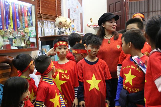 Nhờ chú lính chì Quang Hải, những đứa trẻ phát hiện còn có thứ tuyệt vời hơn cả chơi game-8