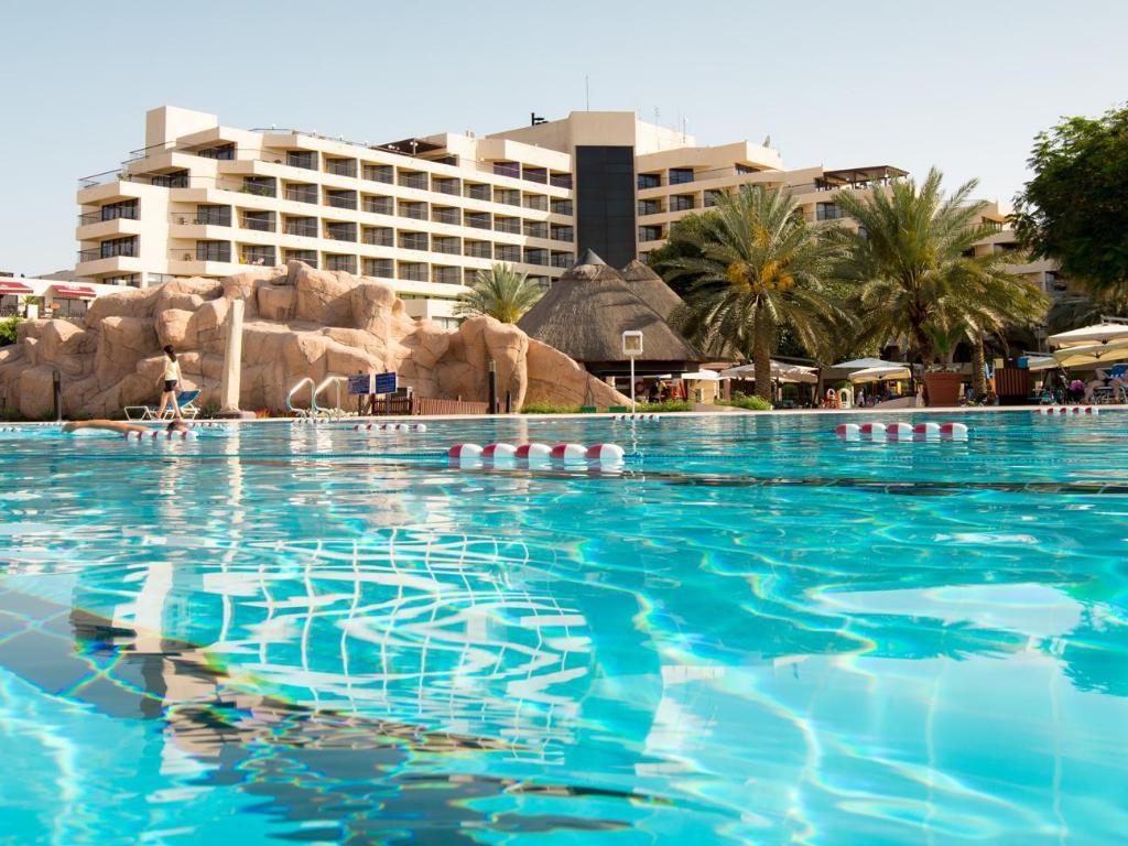 Trước trận quyết đấu Yemen, tuyển Việt Nam chuyển tới ở resort sang chảnh bậc nhất UAE-3