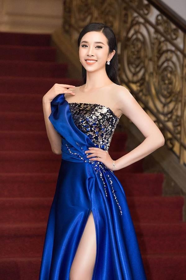 Dàn Hoa hậu, Á hậu gây náo loạn thảm đỏ lễ trao giải Mai Vàng-7