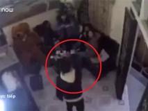 Video: Tỏ tình thất bại, thanh niên cầm dao dọa giết 4 cô gái