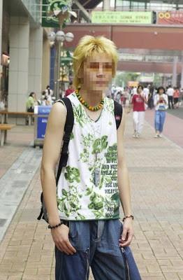 Dân mạng lục lại một thời đen tối của thời trang Hàn Quốc: Bi Rain mặc áo xẻ ngực sâu hơn cả chị em-6