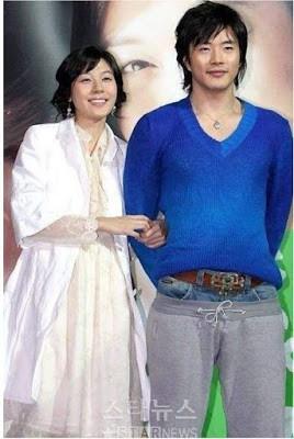 Dân mạng lục lại một thời đen tối của thời trang Hàn Quốc: Bi Rain mặc áo xẻ ngực sâu hơn cả chị em-7