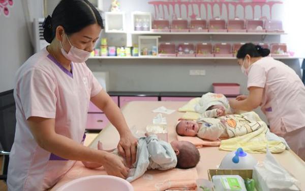 Biết nguy hiểm mẹ vẫn cố sinh con rồi ra đi sau 2 tuần, dân mạng thốt lên: Không đáng-3