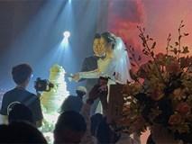 Dù rất hồi hộp, Lê Hiếu vẫn kịp nhắn đến bà xã lời hứa ngọt ngào trong đám cưới