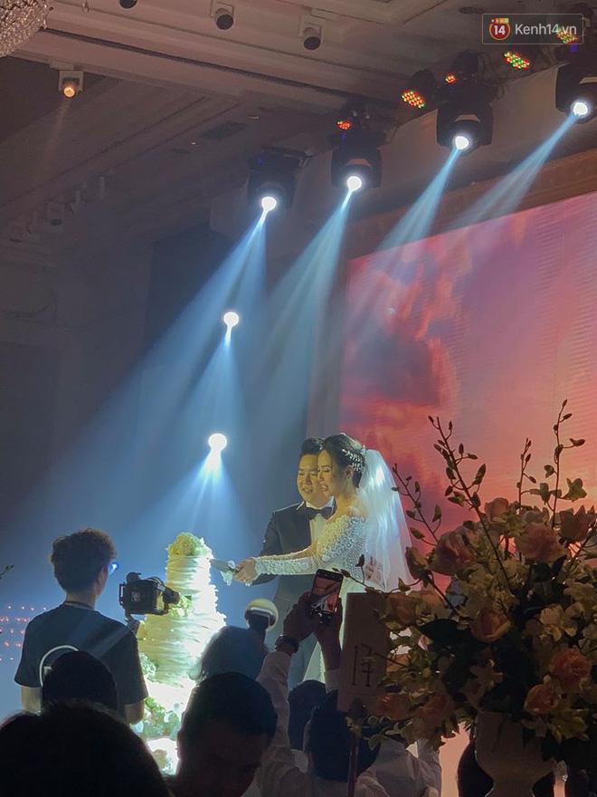 Dù rất hồi hộp, Lê Hiếu vẫn kịp nhắn đến bà xã lời hứa ngọt ngào trong đám cưới-1