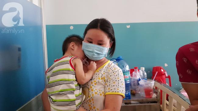 Hàng loạt thai phụ, trẻ nhỏ bị sởi rồng rắn nhập viện tại TP.HCM: Tăng gấp 50 lần, nhiều trường hợp không chích ngừa-5