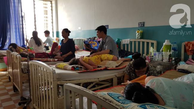 Hàng loạt thai phụ, trẻ nhỏ bị sởi rồng rắn nhập viện tại TP.HCM: Tăng gấp 50 lần, nhiều trường hợp không chích ngừa-4