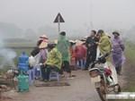 Cuộc sống cạnh bãi rác lớn nhất Hà Nội: Trong xóm có đám cưới chỉ đến uống chén rượu, không dám ăn-8