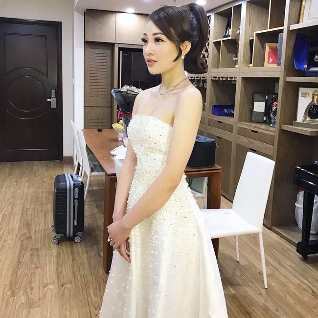 Nhan sắc lộng lẫy, gia thế đáng gờm của cô dâu sống trong lâu đài, đám cưới ngập vàng ở Nam Định-12