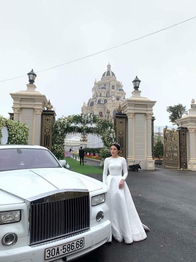 Nhan sắc lộng lẫy, gia thế đáng gờm của cô dâu sống trong lâu đài, đám cưới ngập vàng ở Nam Định-1