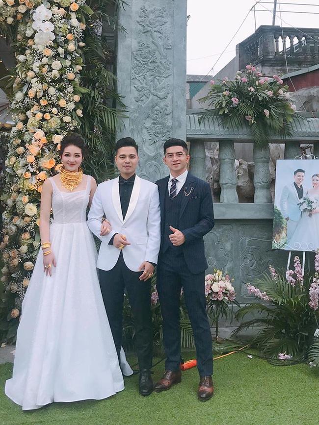 Nhan sắc lộng lẫy, gia thế đáng gờm của cô dâu sống trong lâu đài, đám cưới ngập vàng ở Nam Định-4